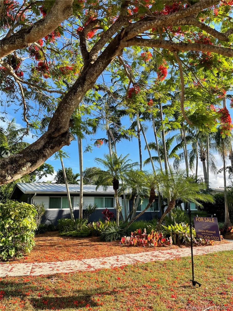 8570 SW 125th St  For Sale A11050740, FL