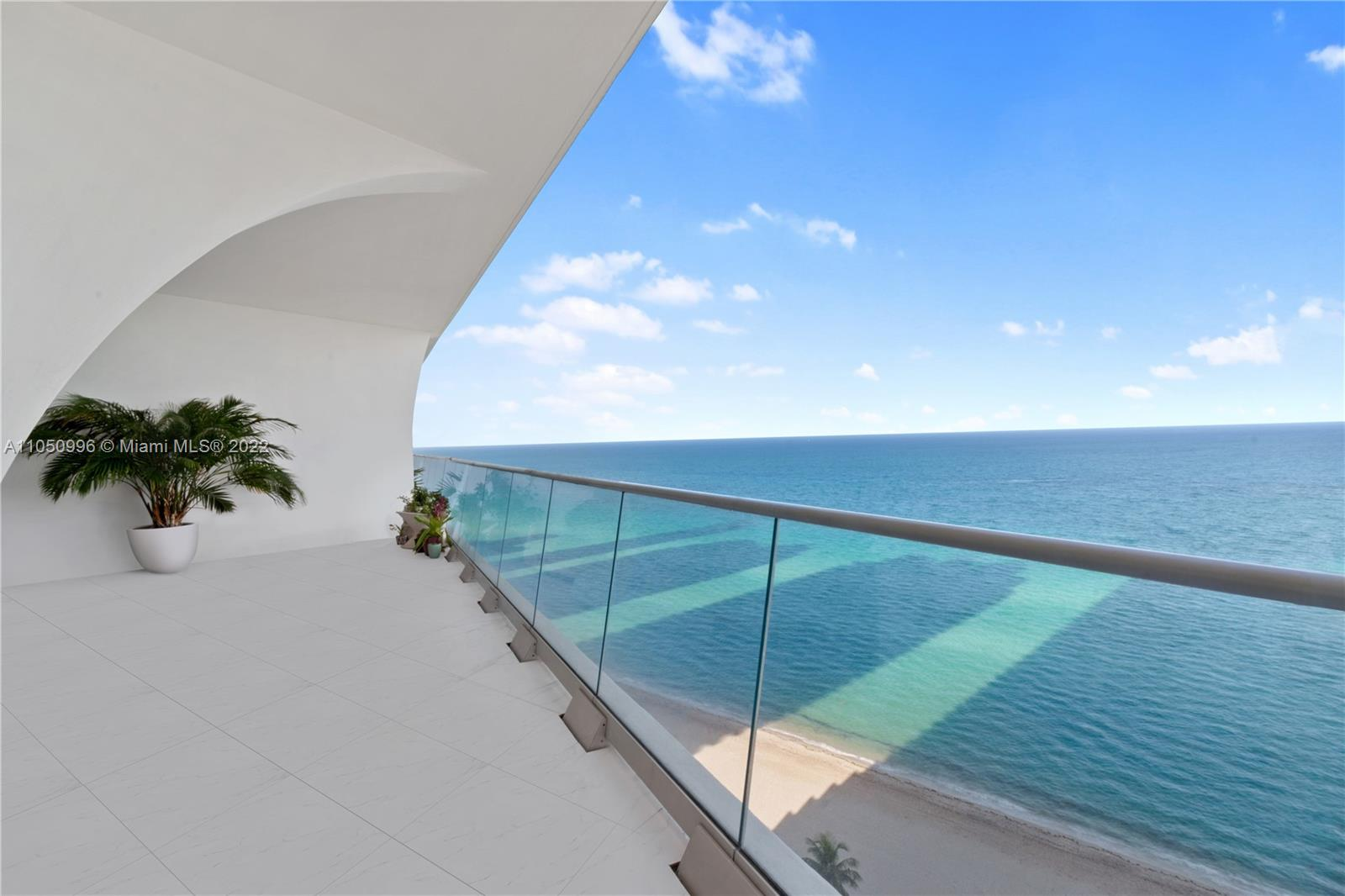 16901  Collins Ave #1702 For Sale A11050996, FL
