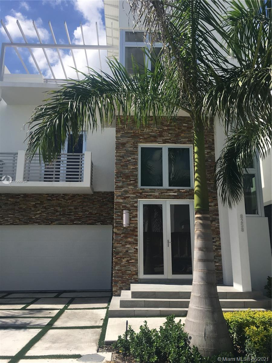 8258 NW 33rd Ter  For Sale A11050764, FL