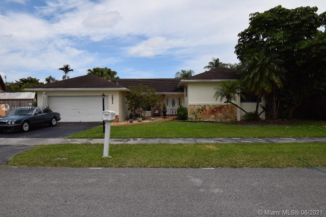 10211 SW 116th Ave  For Sale A11050941, FL
