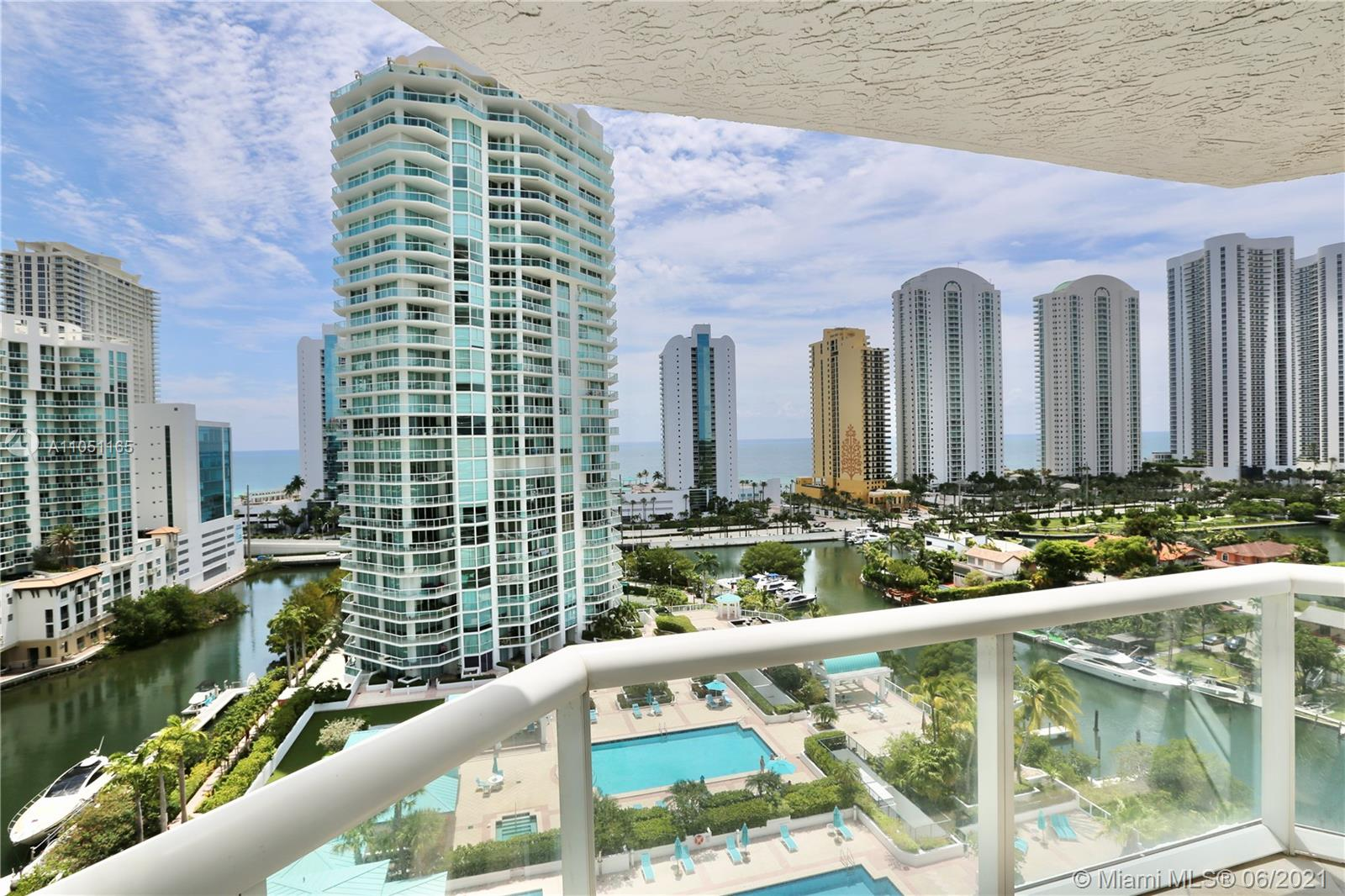 16500  Collins Ave   1452-1