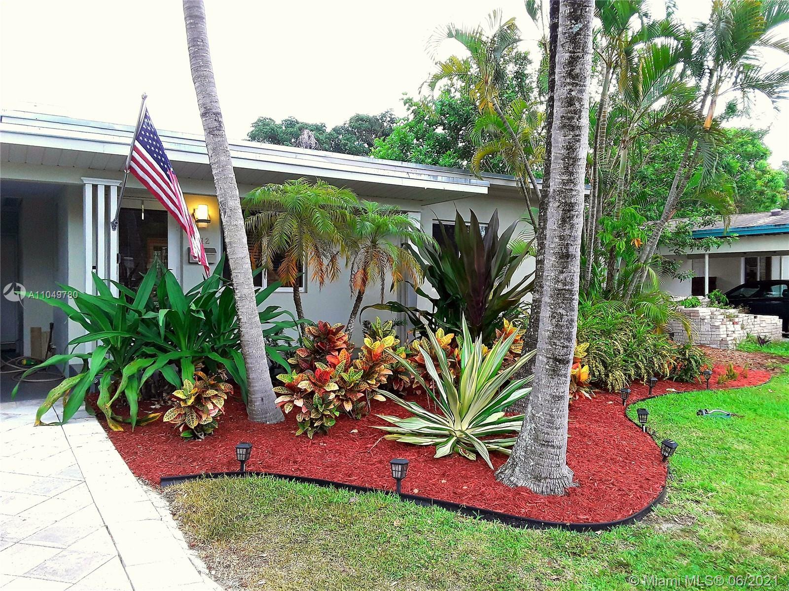 1812 SW 9th Ave  For Sale A11049780, FL