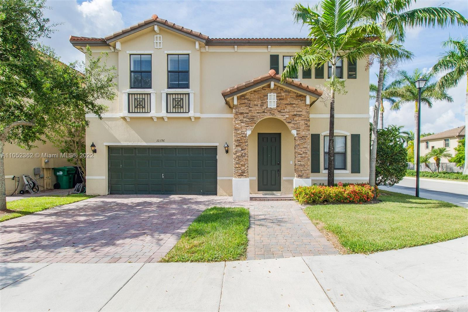 10396 SW 225 terr  For Sale A11052362, FL