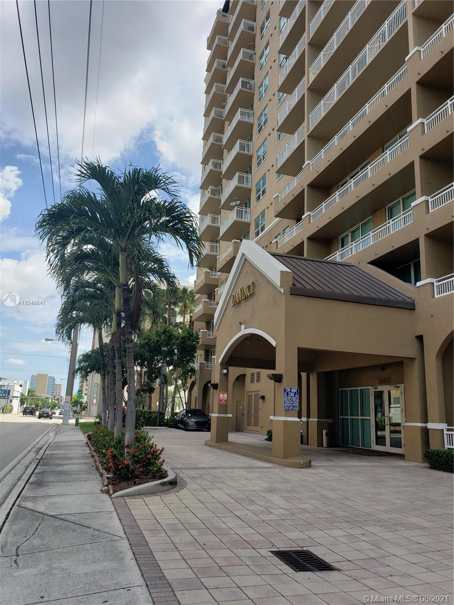 Breath-taking unit located in Gables area. Unit composed by 2 beds/2 baths, laundry area, open balcony & city view, Carpeted floors and with 2 parking spaces perfect for guests. This is a secured building w/ community pool & other amenities. Unit in excellent condition that makes this property a perfect opportunity for living!