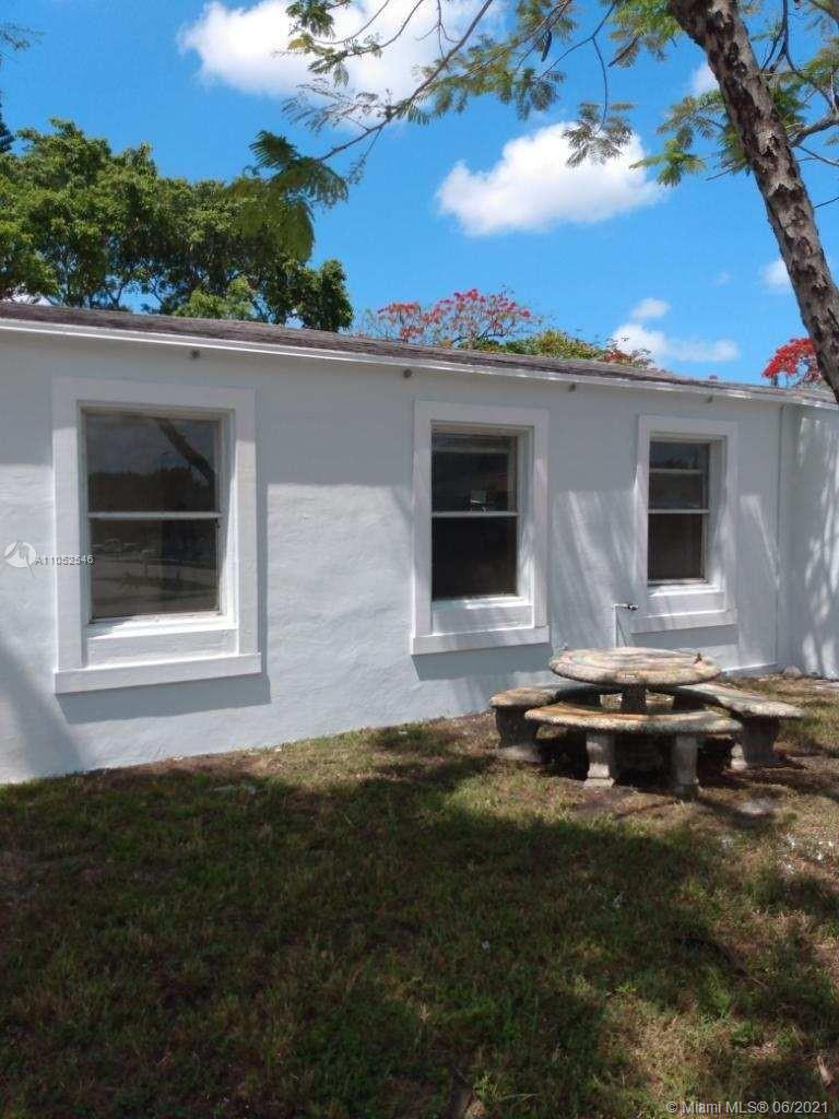 4109 SW 14th St  For Sale A11052546, FL