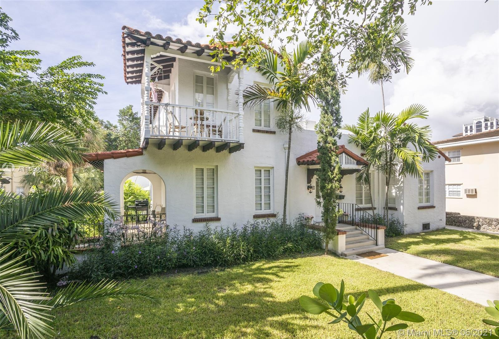 36  Phoenetia Ave  For Sale A11050098, FL