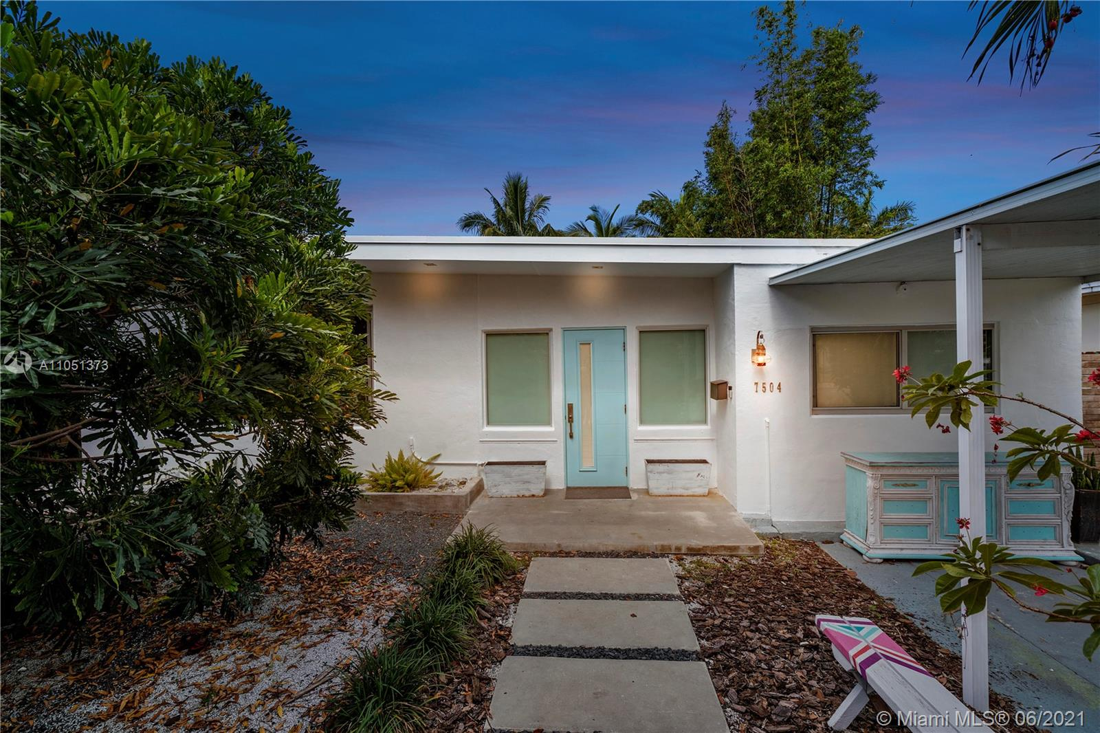 7504  Adventure Ave  For Sale A11051373, FL