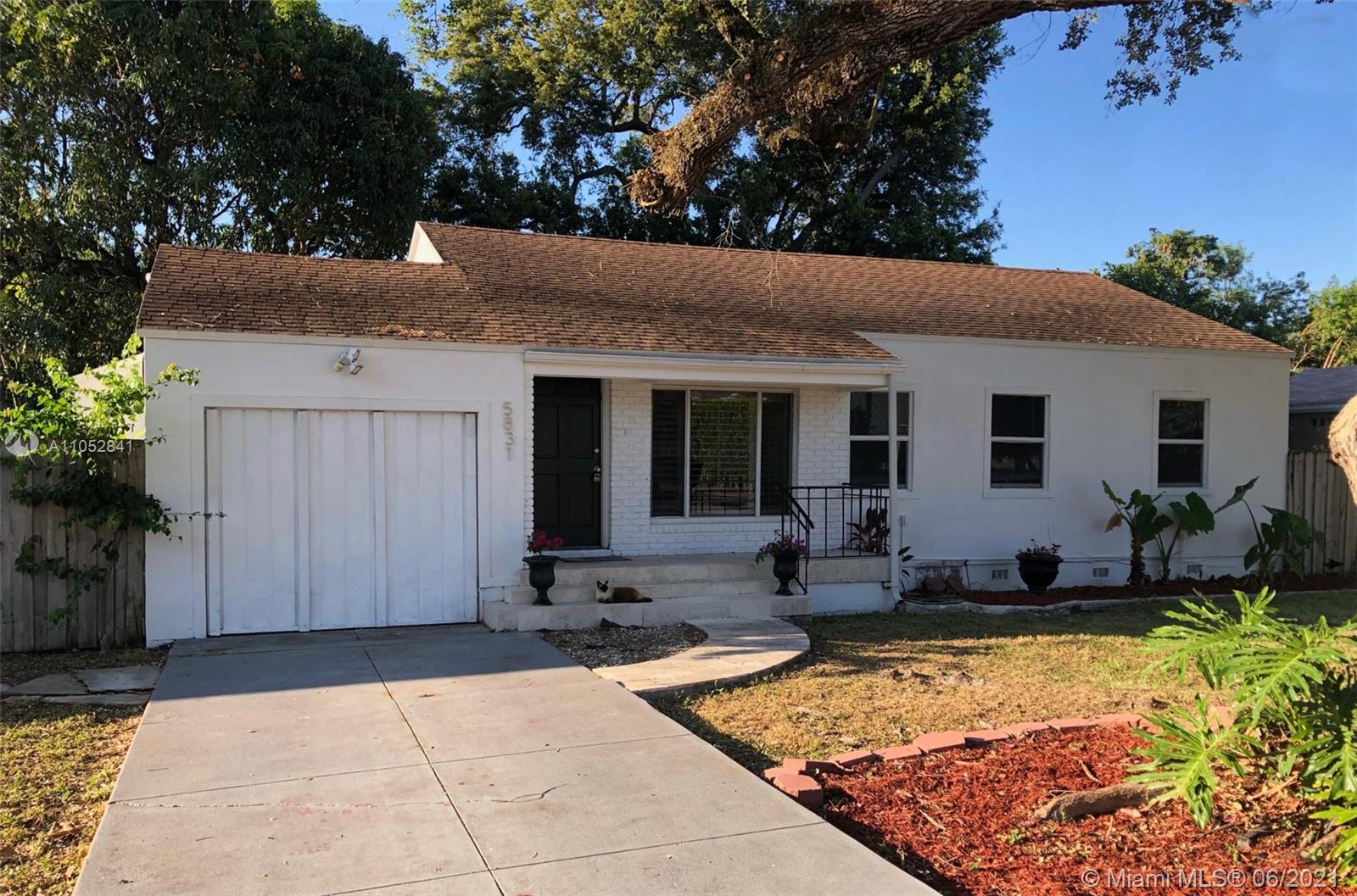 5831 SW 60th St  For Sale A11052841, FL