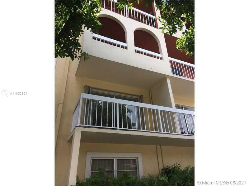 7732  Camino Real #F-220 For Sale A11052961, FL