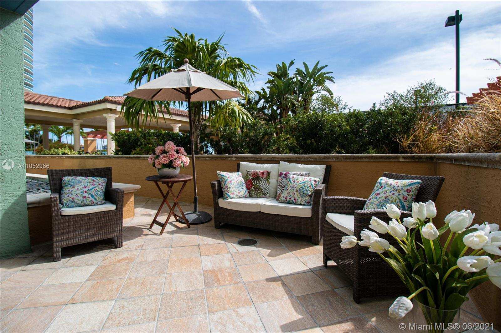 Enjoy the magnificent terrace of this 2bed 1 bath in the Yacht Club at Portofino. Fully renovated unit including stainless steel appliances, ceramic flooring. Turn key unit on the pool level. Lanai unit. Great for families with kids who want to enjoy the pool. Very easy to show.