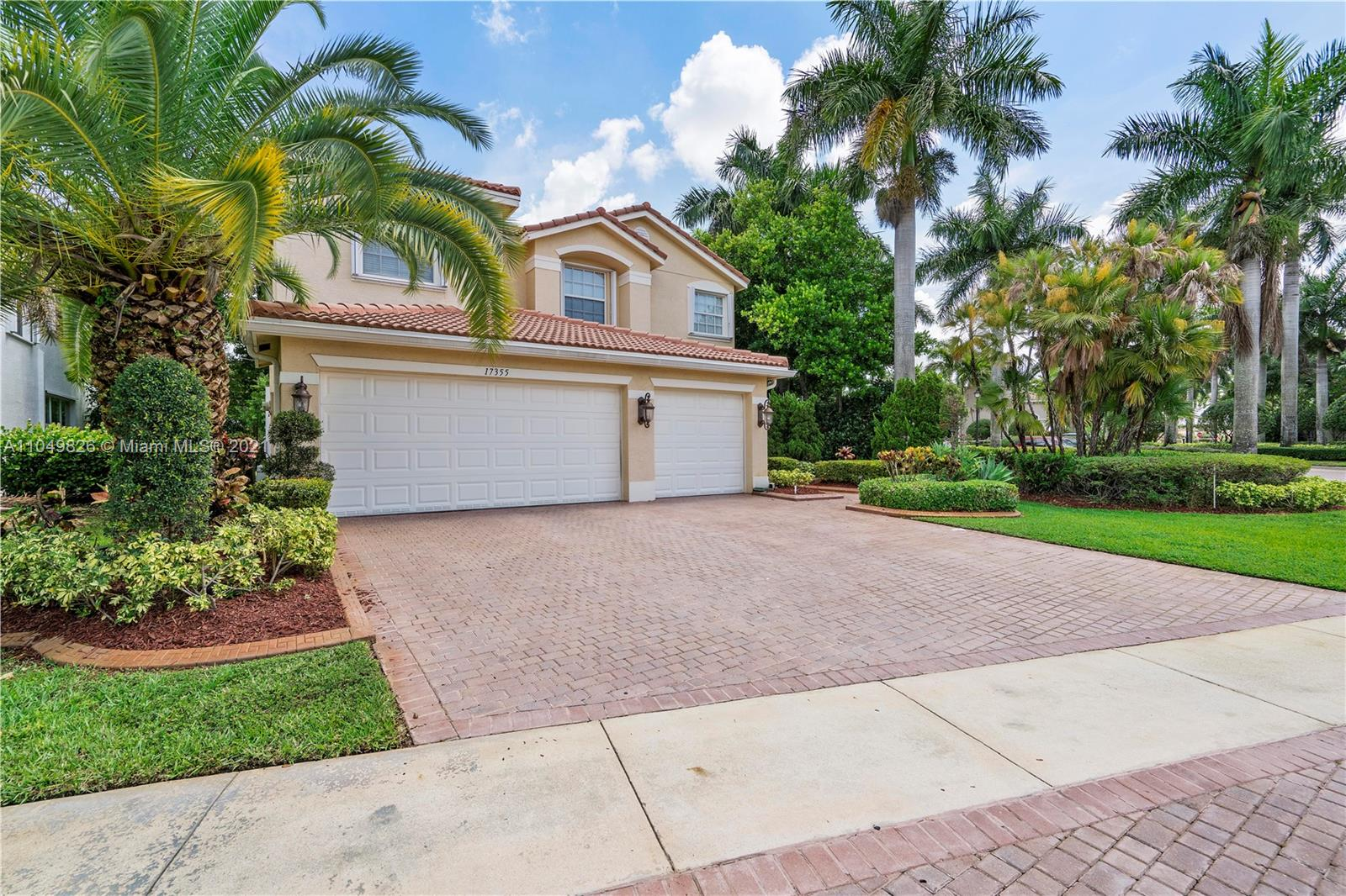 17355 SW 48th St  For Sale A11049826, FL