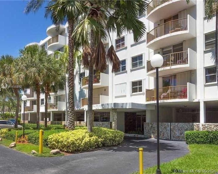 210  Sea View Dr #607 For Sale A11053587, FL