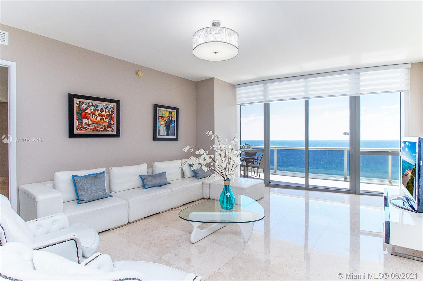 15901  Collins Ave   1607-1