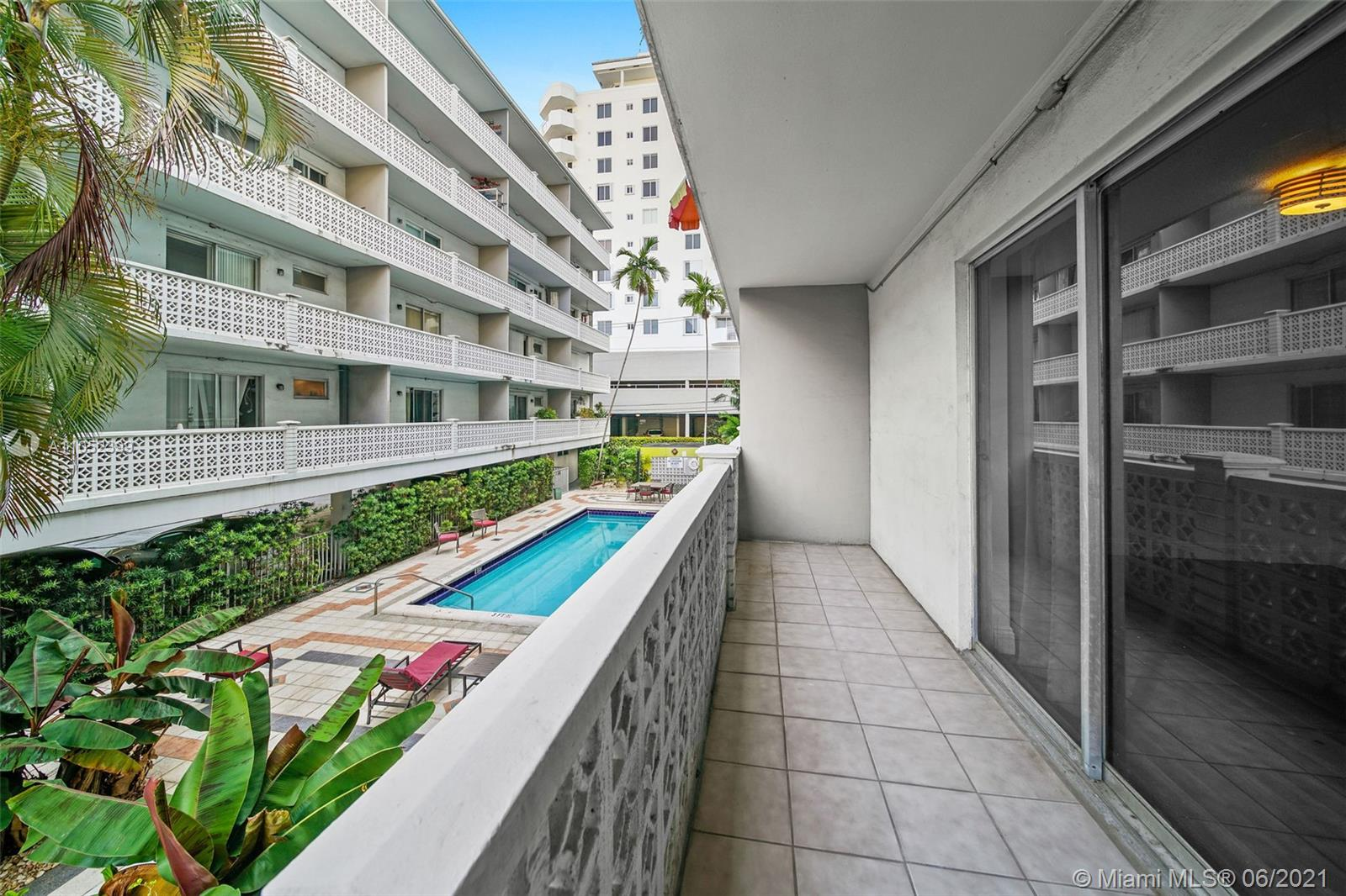 1620  West Ave #202 For Sale A11052399, FL