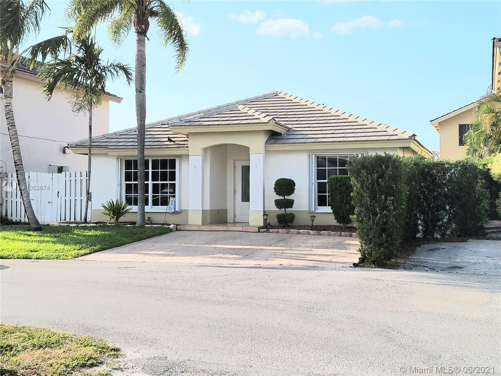 Undisclosed For Sale A11053674, FL