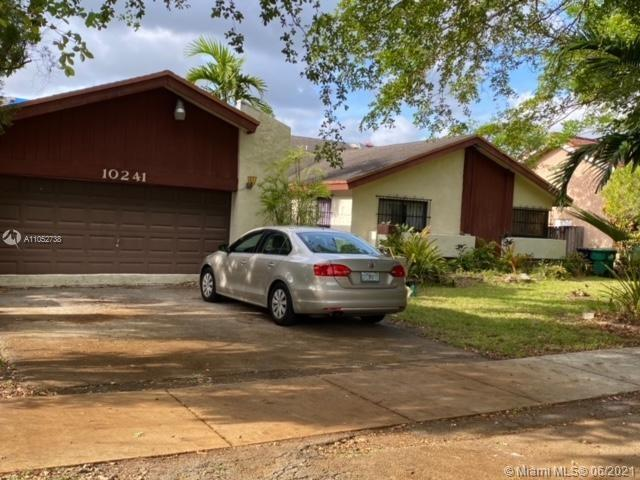 10241 SW 91st St  For Sale A11052738, FL