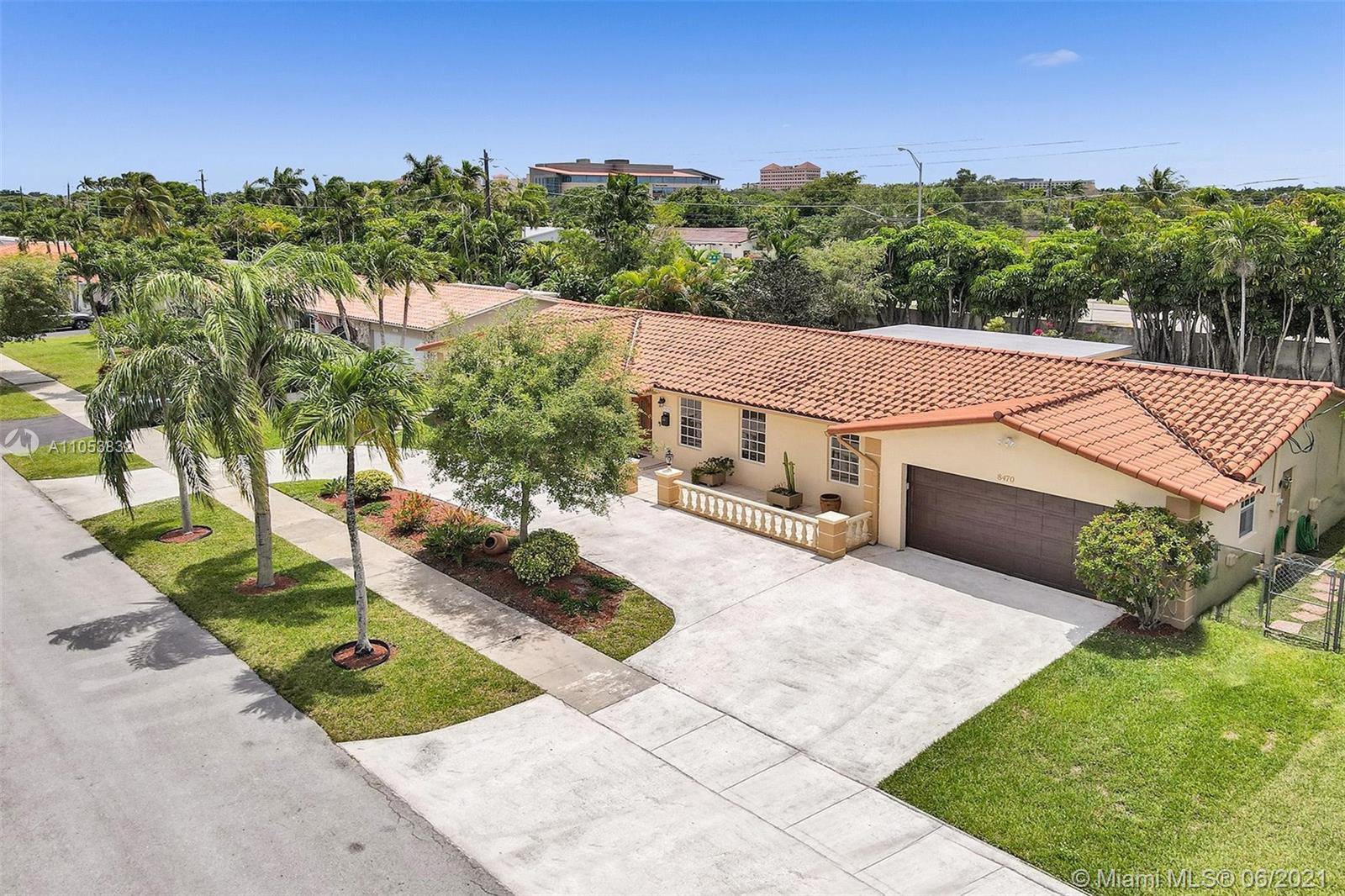 8470 SW 86th Ct  For Sale A11053832, FL