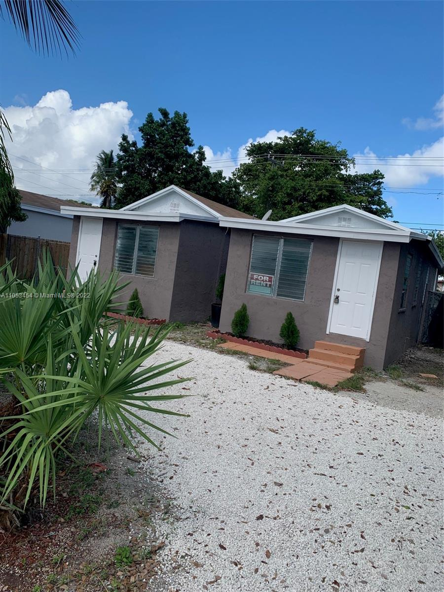 10601 SW 173rd St  For Sale A11053454, FL