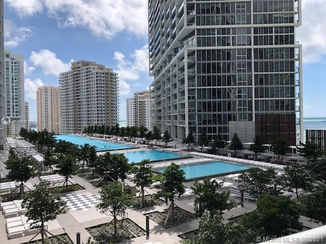Enjoy living at Brickell!! Beautiful and Spacious 1BD/1BA unit with 842 sqft. Icon Brickell Tower 3 with stunning city and river views. Subzero and Miele appliances, granite countertops, porcelain floors, large bathroom, washer/dryer, big walk-in closet and open balcony. State of the art amenities including spa, gym, party rooms, billiard room, movie theater, roof top pool, largest pool just remodeled, restaurants and more. 1 parking space assigned with valet.