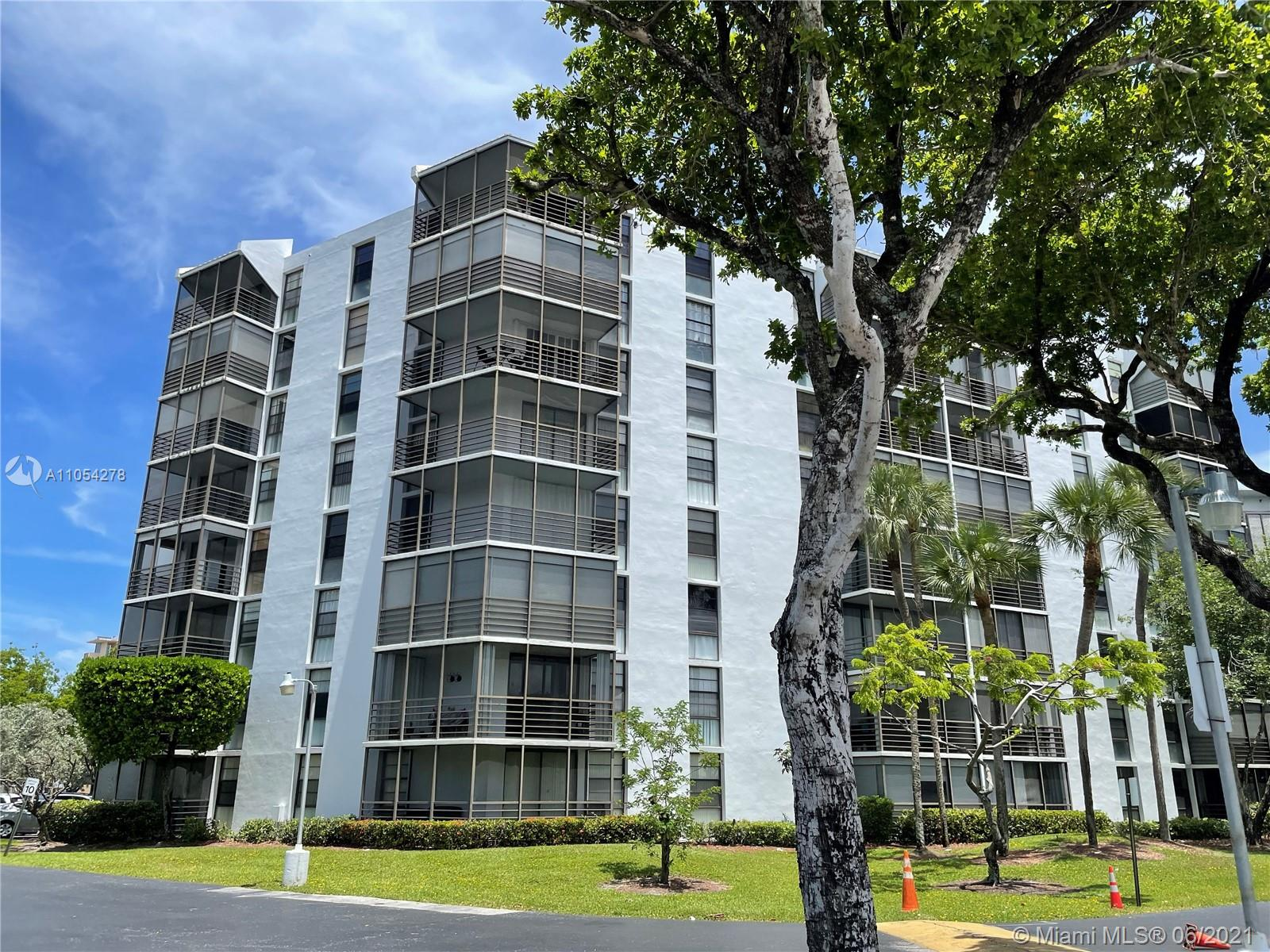 20500 W Country Club Dr #609 For Sale A11054278, FL