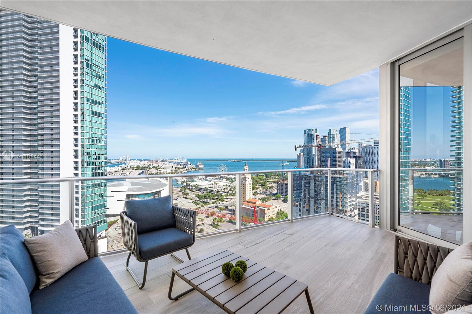 851 NE 1st Ave #2409 For Sale A11054411, FL