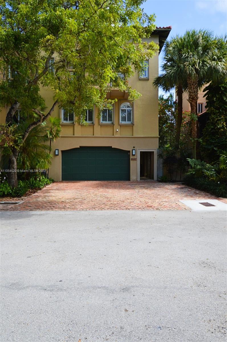 6157  Paradise Point Dr #6157 For Sale A11054520, FL