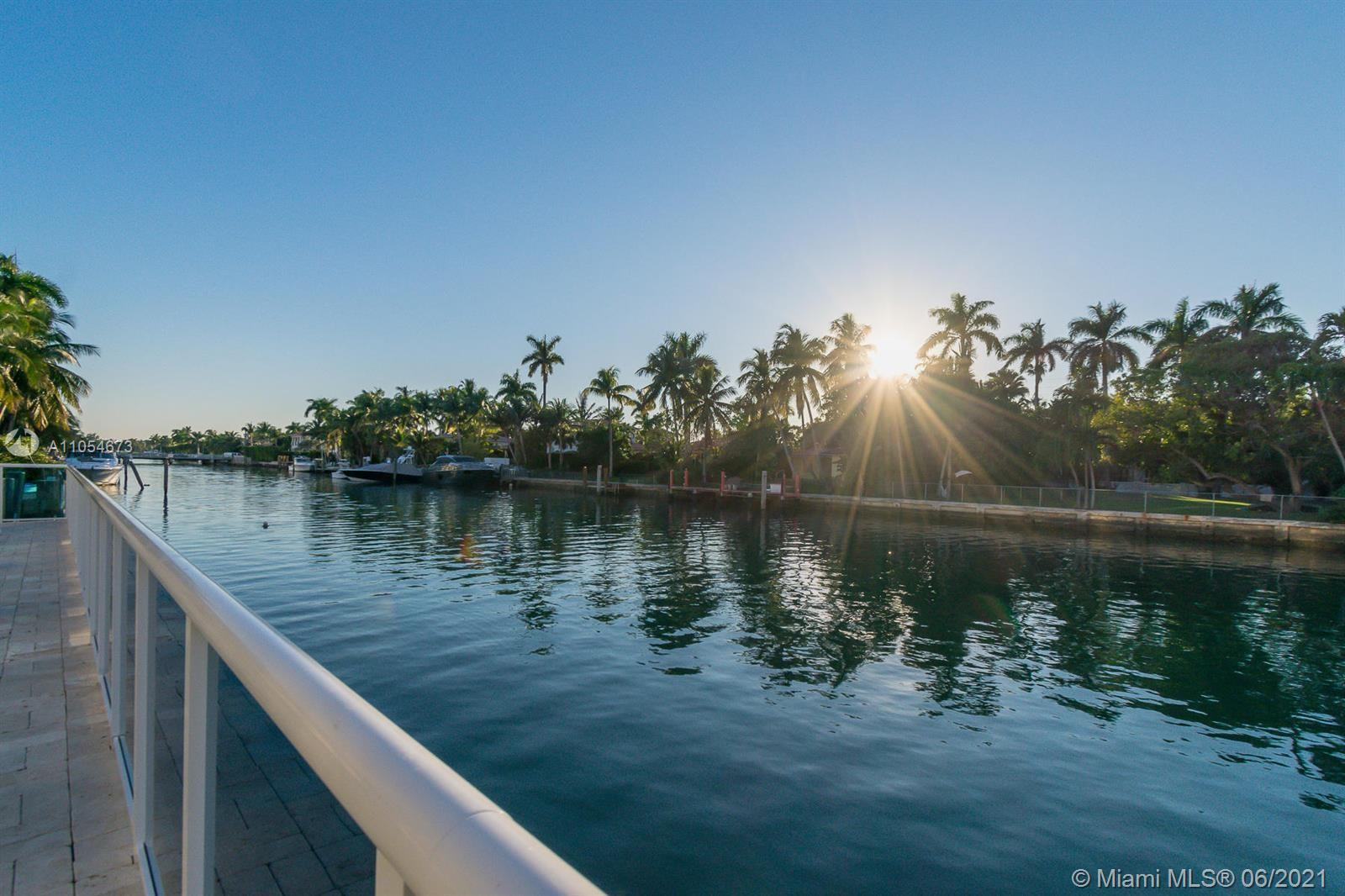 9800 W Bay Harbor Dr #705 For Sale A11054673, FL