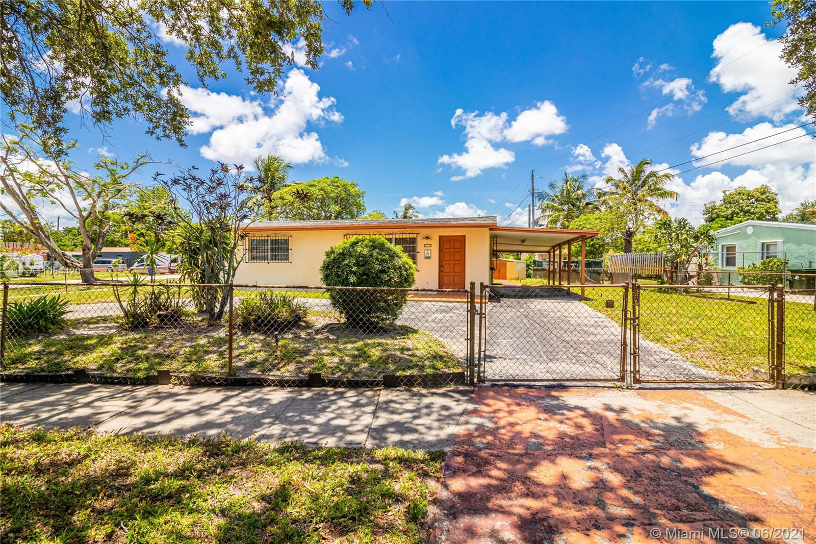 Undisclosed For Sale A11054420, FL