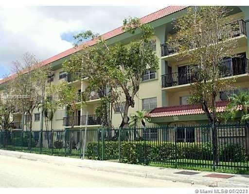 Ground floor Granada Dadeland corner unit completely remodeled with 2 assigned parking spaces, One bedroom One and a half bath in prime location, Ceramic tiles throughout. Kitchen with granite counter tops and wood cabinets. Huge master bedroom with large walk in closet. Total of 3 walk in closets in unit. Assigned parking. Tenant paying $1,450 willing to keep on leasing (rental payments always on time) Walk to Dadeland, Metro Station. Call in advance to schedule appointment. Lease expires middle of September 2021.