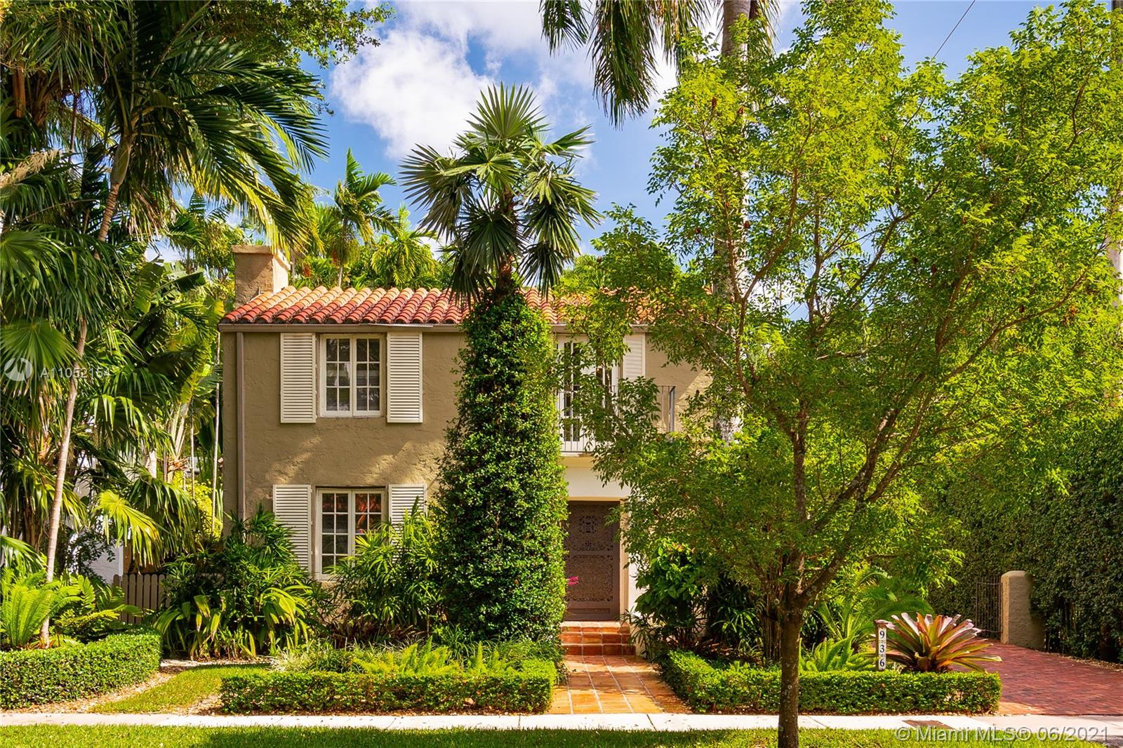 936  Sorolla Ave  For Sale A11052154, FL