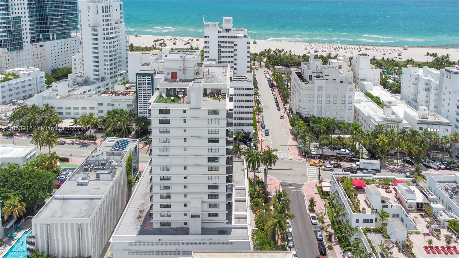 1800  Collins Ave #7A For Sale A11053916, FL