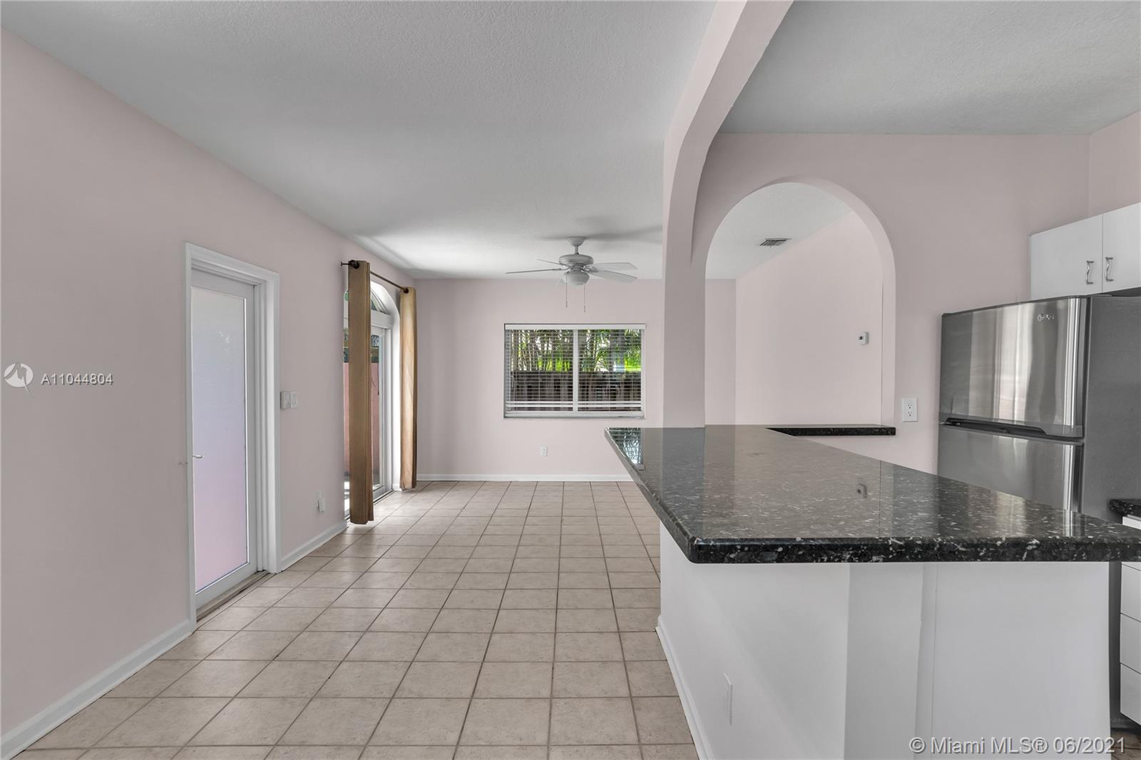 1633 Tyler St, Hollywood, Florida image 36
