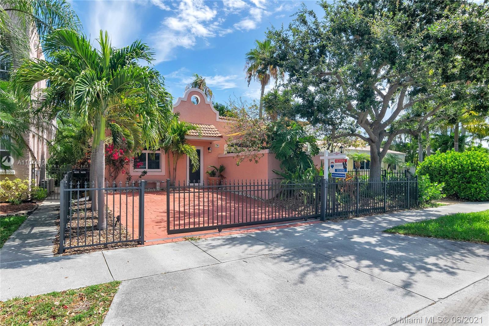 1633 Tyler St, Hollywood, Florida image 22