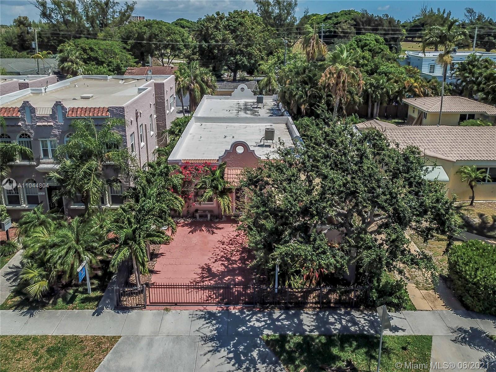 1633 Tyler St, Hollywood, Florida image 15