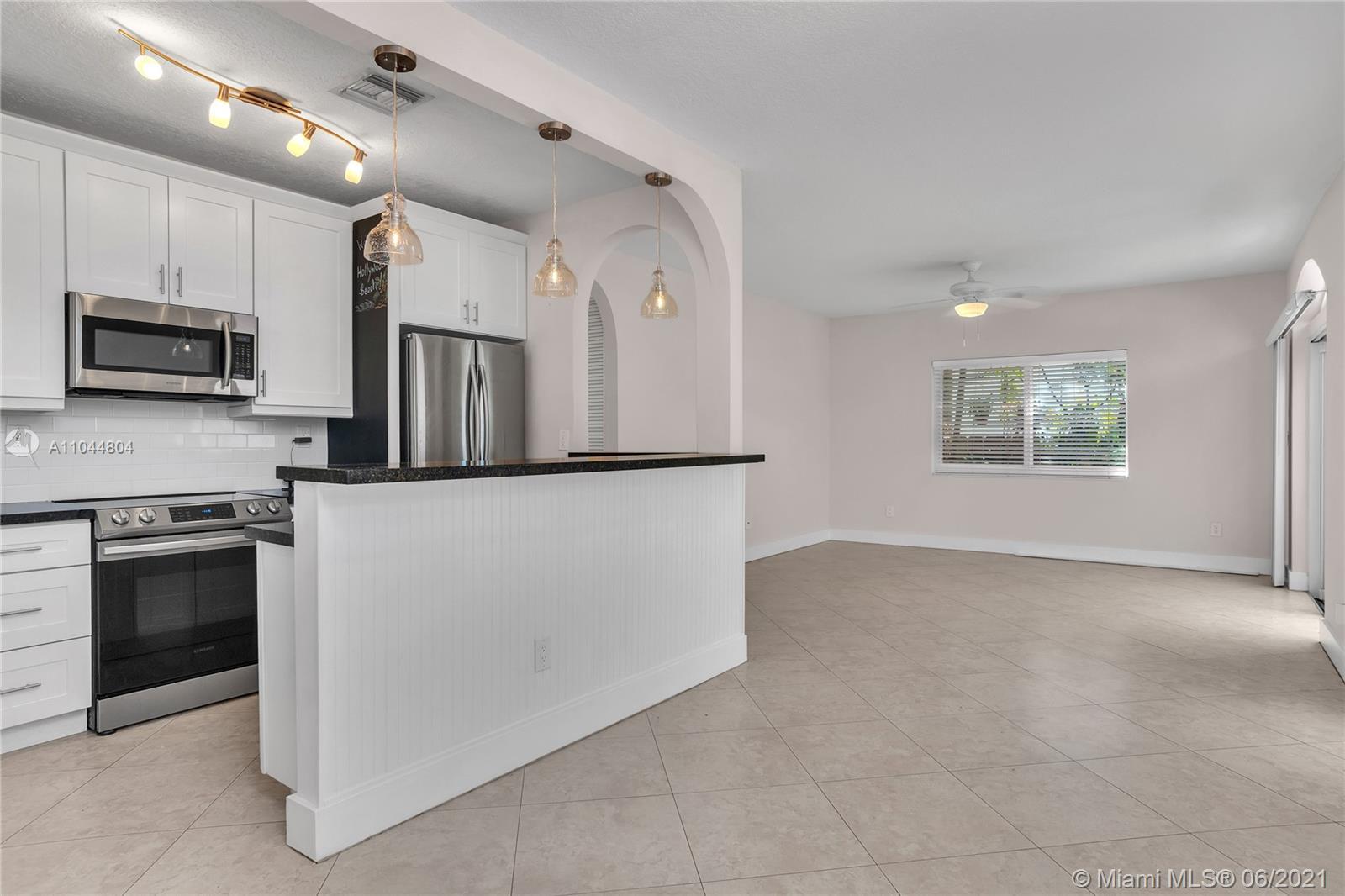 1633 Tyler St, Hollywood, Florida image 49