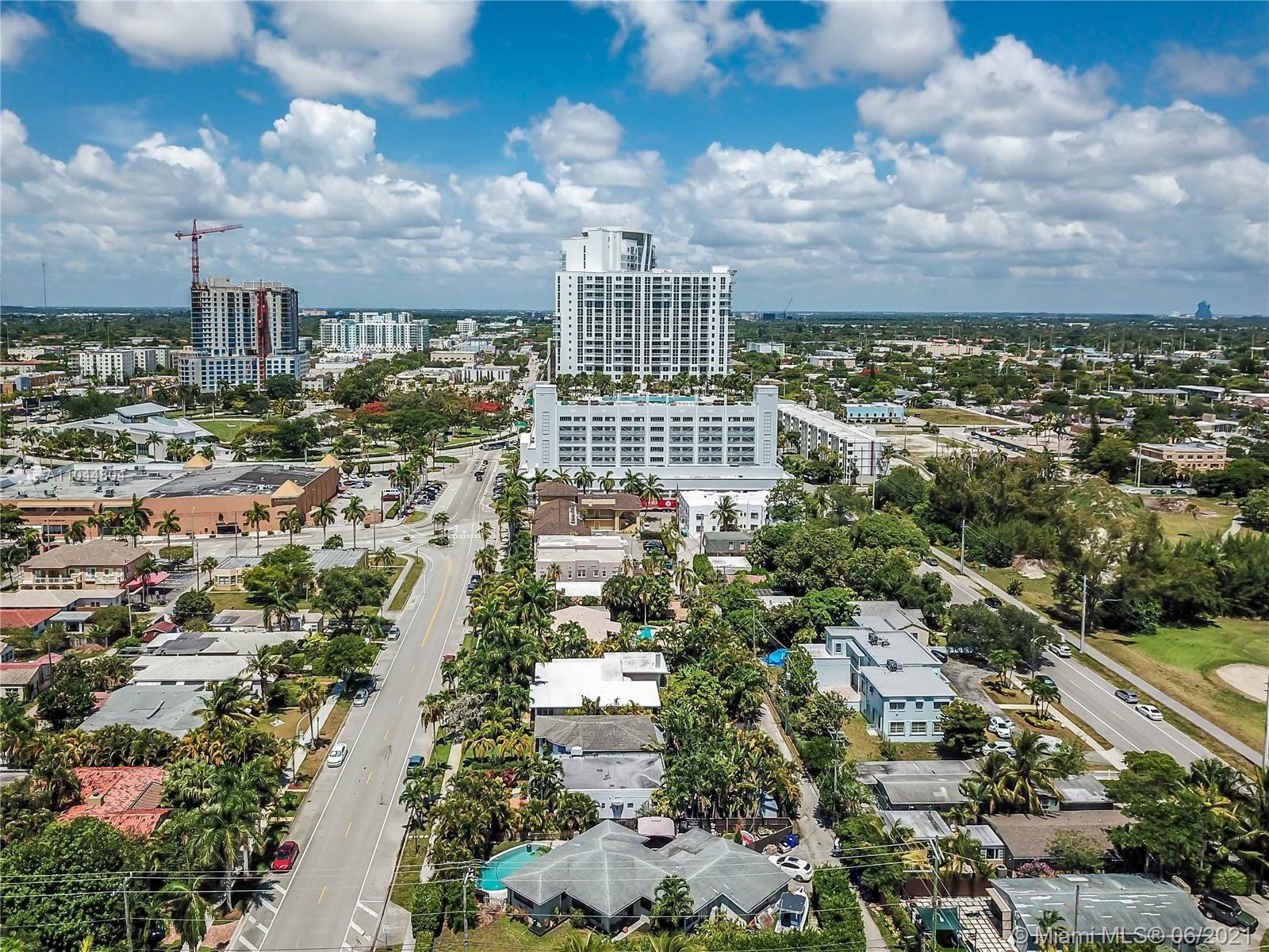 1633 Tyler St, Hollywood, Florida image 13
