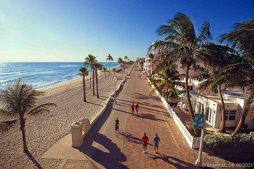 1633 Tyler St, Hollywood, Florida image 11
