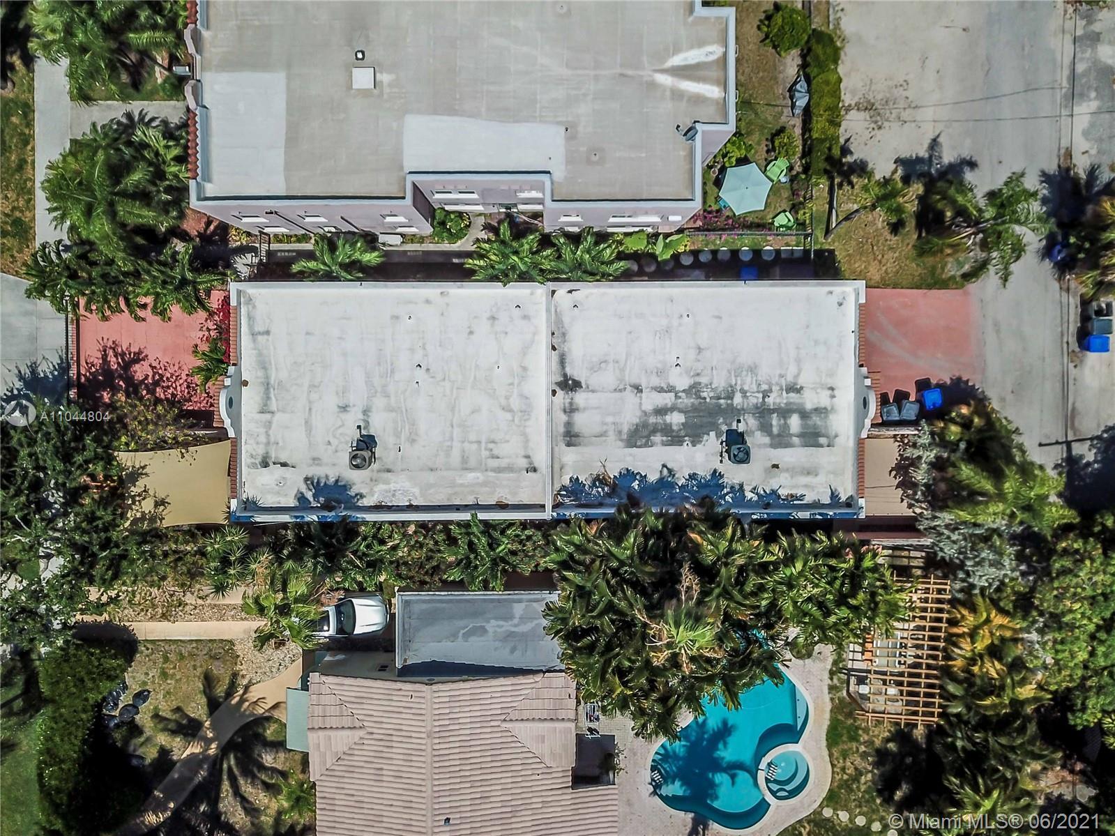 1633 Tyler St, Hollywood, Florida image 6