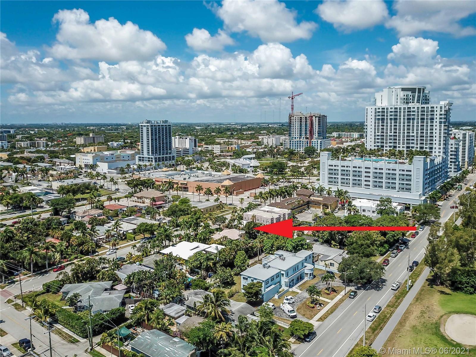 1633 Tyler St, Hollywood, Florida image 2
