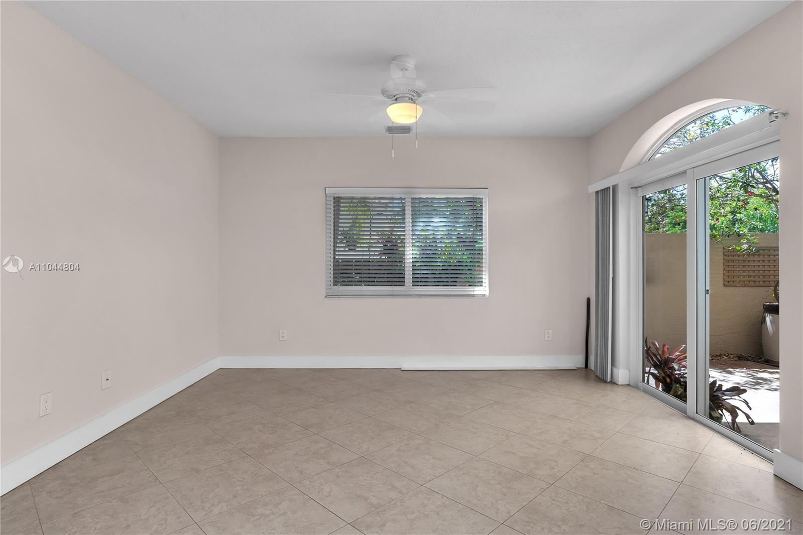 1633 Tyler St, Hollywood, Florida image 46