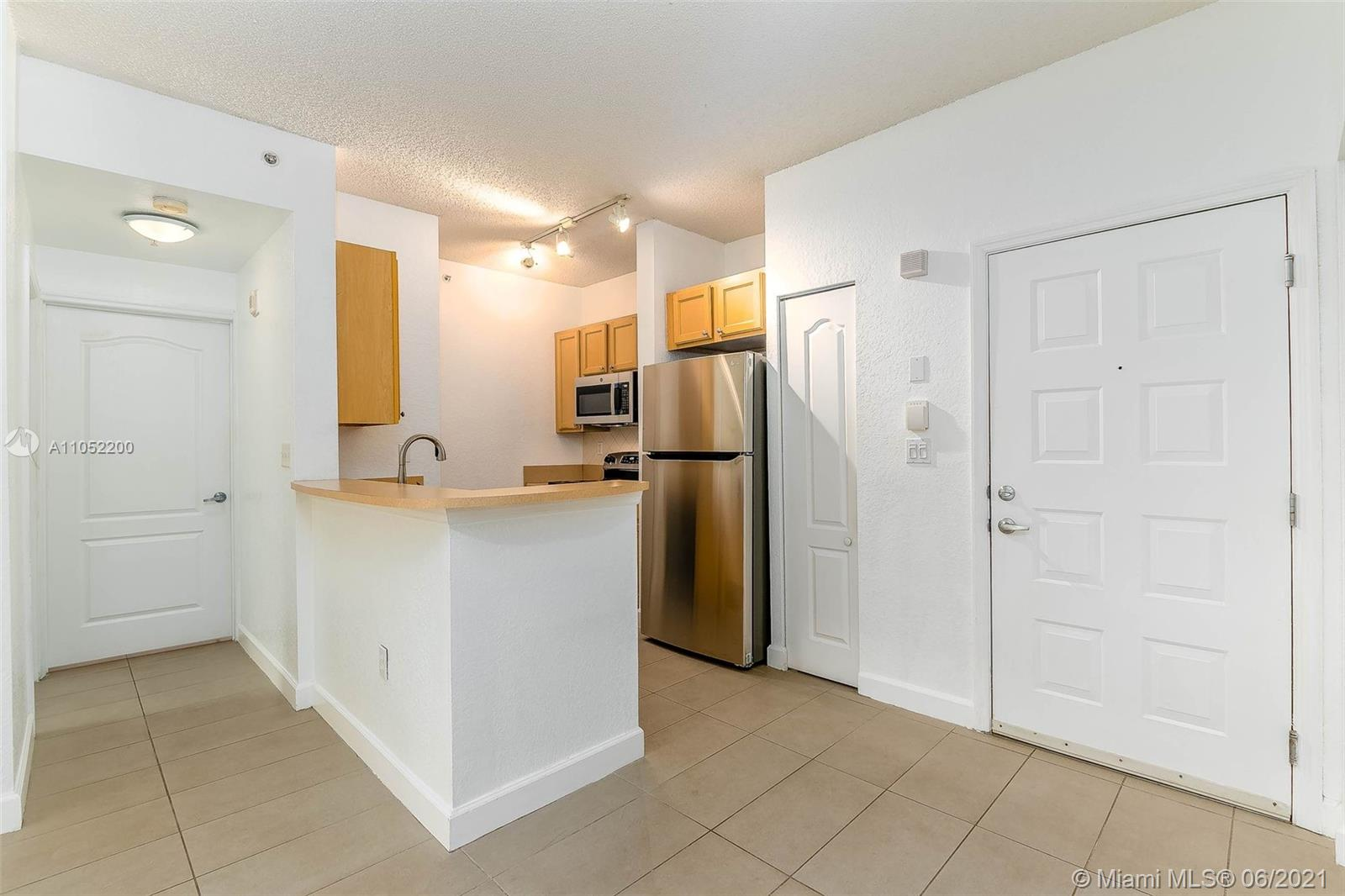 6001 SW 70th St #321 For Sale A11052200, FL