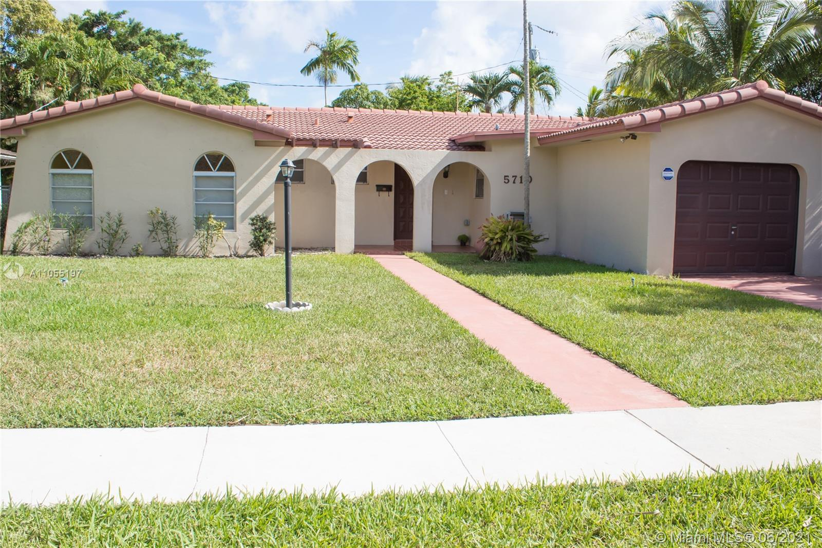 5710 SW 46th Ter  For Sale A11055197, FL