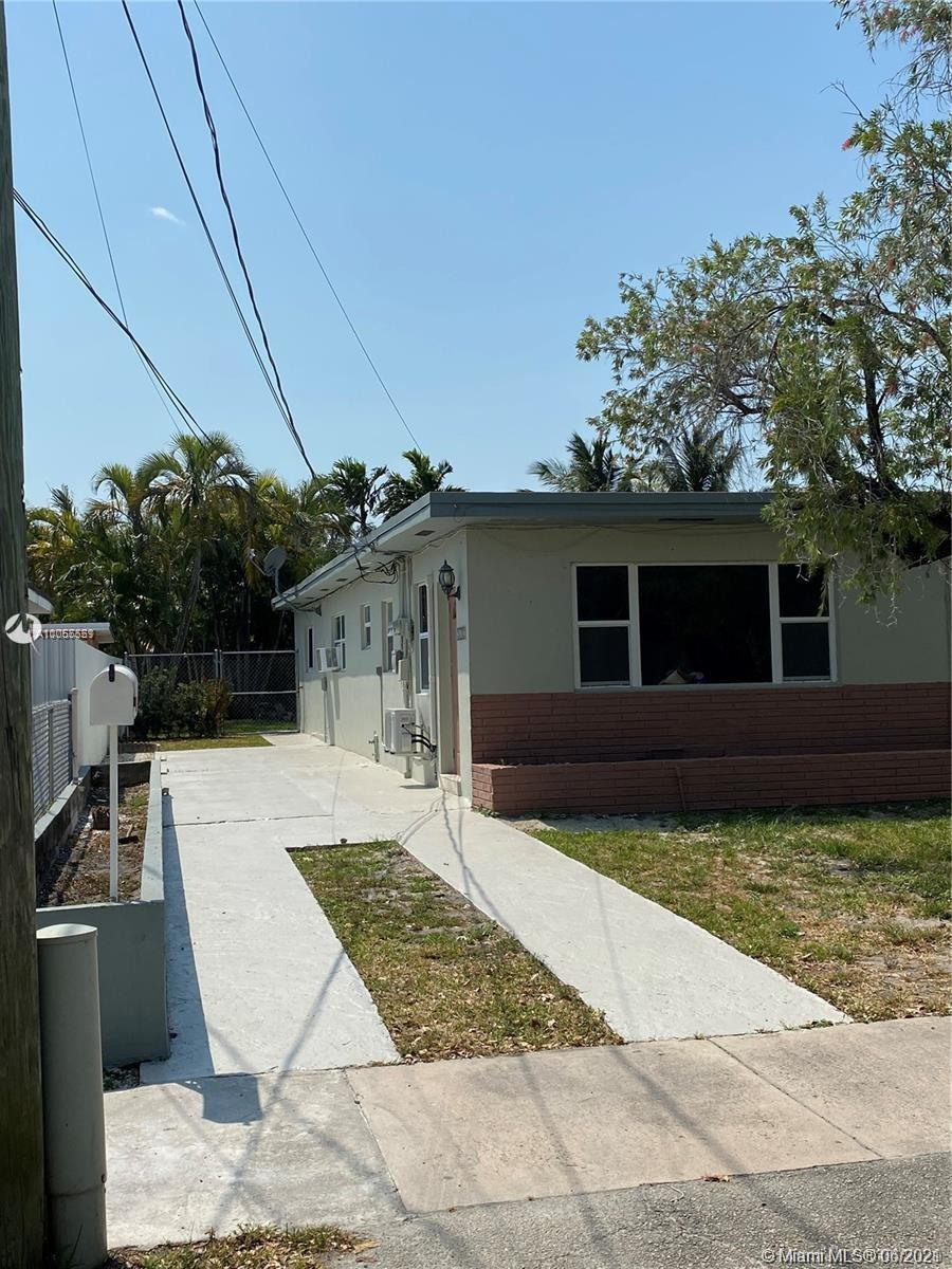 2630 SW 30th Ct  For Sale A11055551, FL