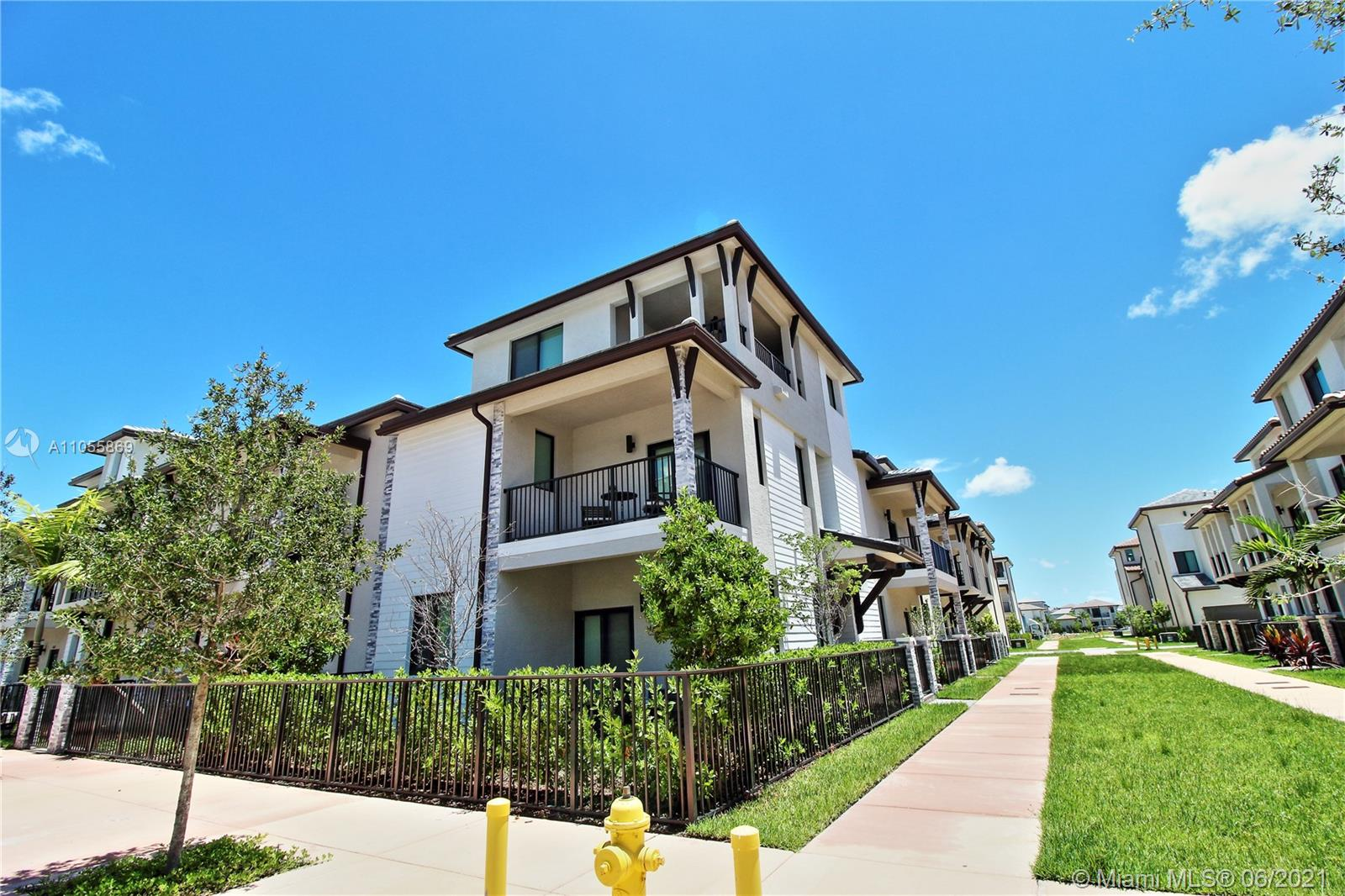 4731 NW 84th Ave #4731 For Sale A11055869, FL