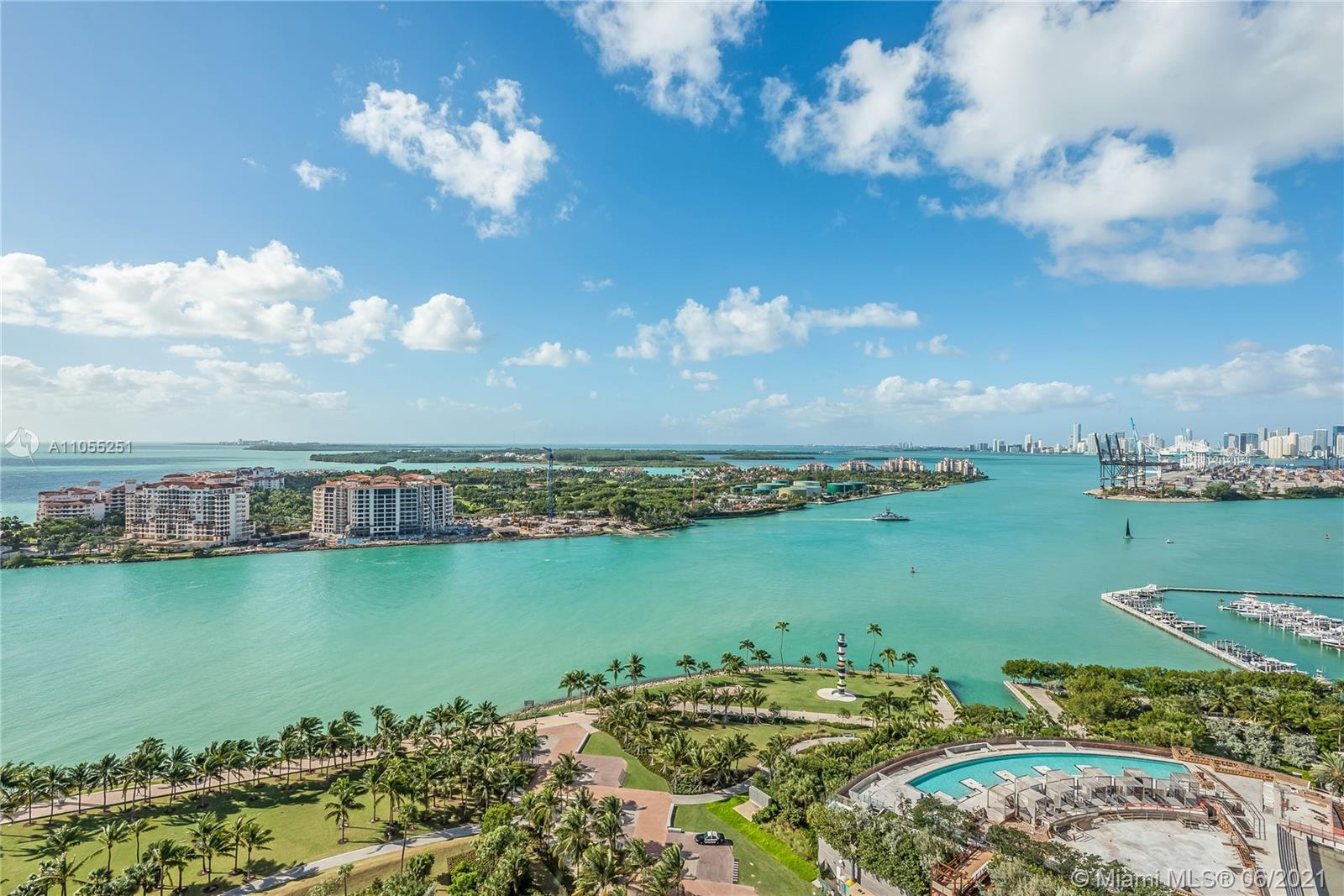 300 S Pointe Dr #2502 For Sale A11055251, FL