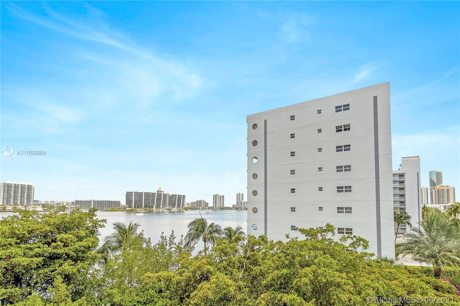 17720 N Bay Rd #5D For Sale A11055964, FL