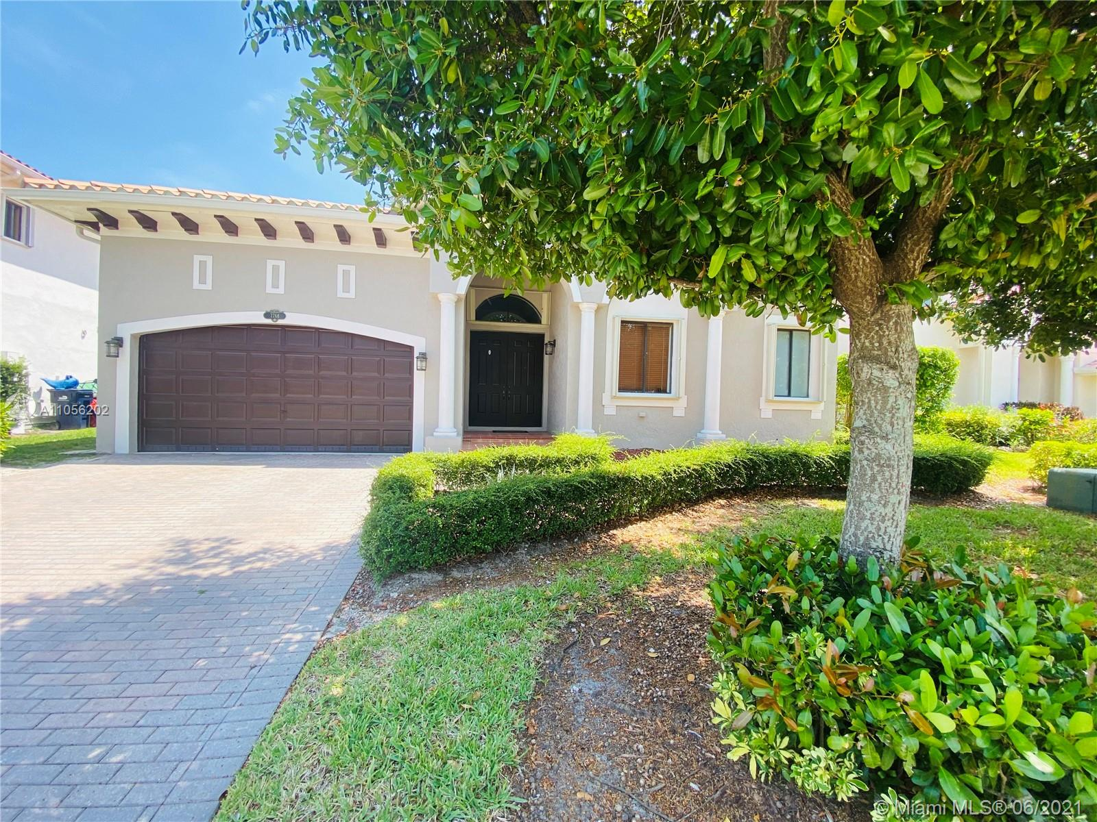 7766 SW 193rd Ln  For Sale A11056202, FL