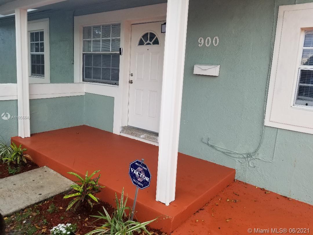 900 NW 13th St  For Sale A11056849, FL