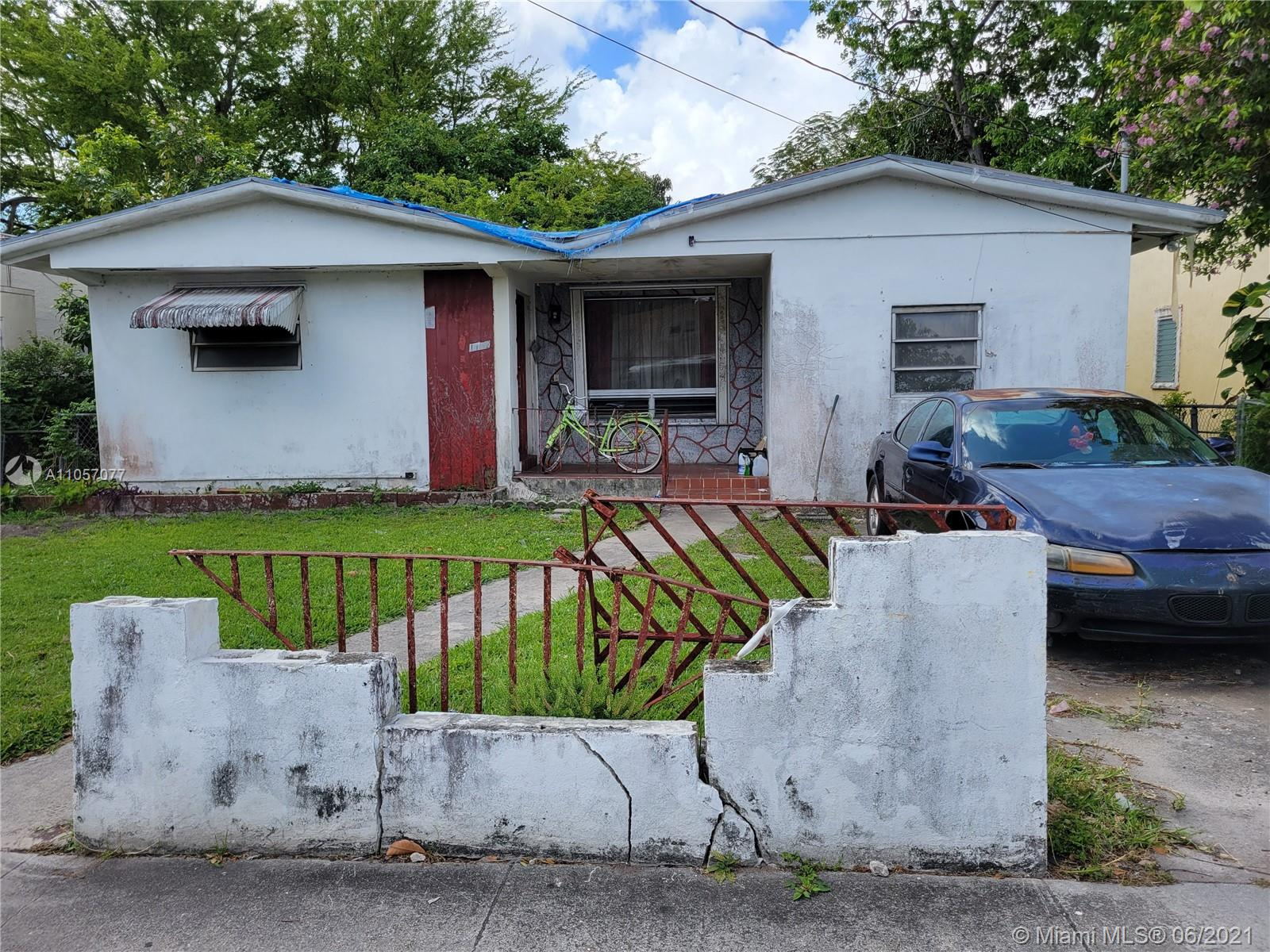 Attention Investors!! This Handyman Special is for you! Located in an Opportunity Zone for investors tax incentives. Located between I-95 and Miami International Airport. Please do not disturb occupants.