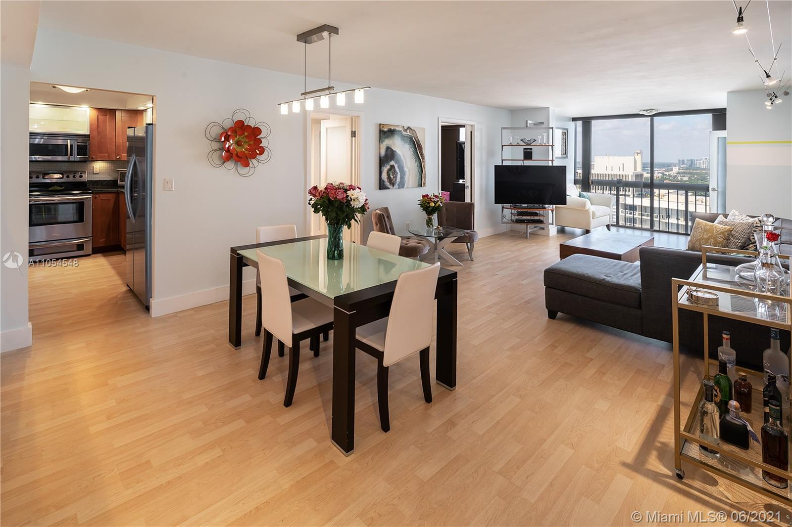 Move in Ready Unit on most desired south end of Brickell Avenue. This Waterfront apt has 2 Bedroom/ 2 Bathrooms remodeled, SS Appliances, granite countertop, Walk-In Closets, All Impact Glass. Enjoy beautiful Bay Views & Mesmerizing Sunsets from the 28th floor of the Iconic Brickell B. Located at Brickell Bay Club Condominium gated community w/resort style amenities: Lap Heated Pool w/9 ft deep end, 5 Tennis Courts, Coffee Shop/ Mini Market Beauty, Beauty Salon, Kids Play Room & more. 24-HR Security & Valet. Minutes to Brickell's Financial District, Brickell City Centre's fine restaurants & shopping. Cable & Internet included in maintenance. **Unit is current rented until end of September 2021**